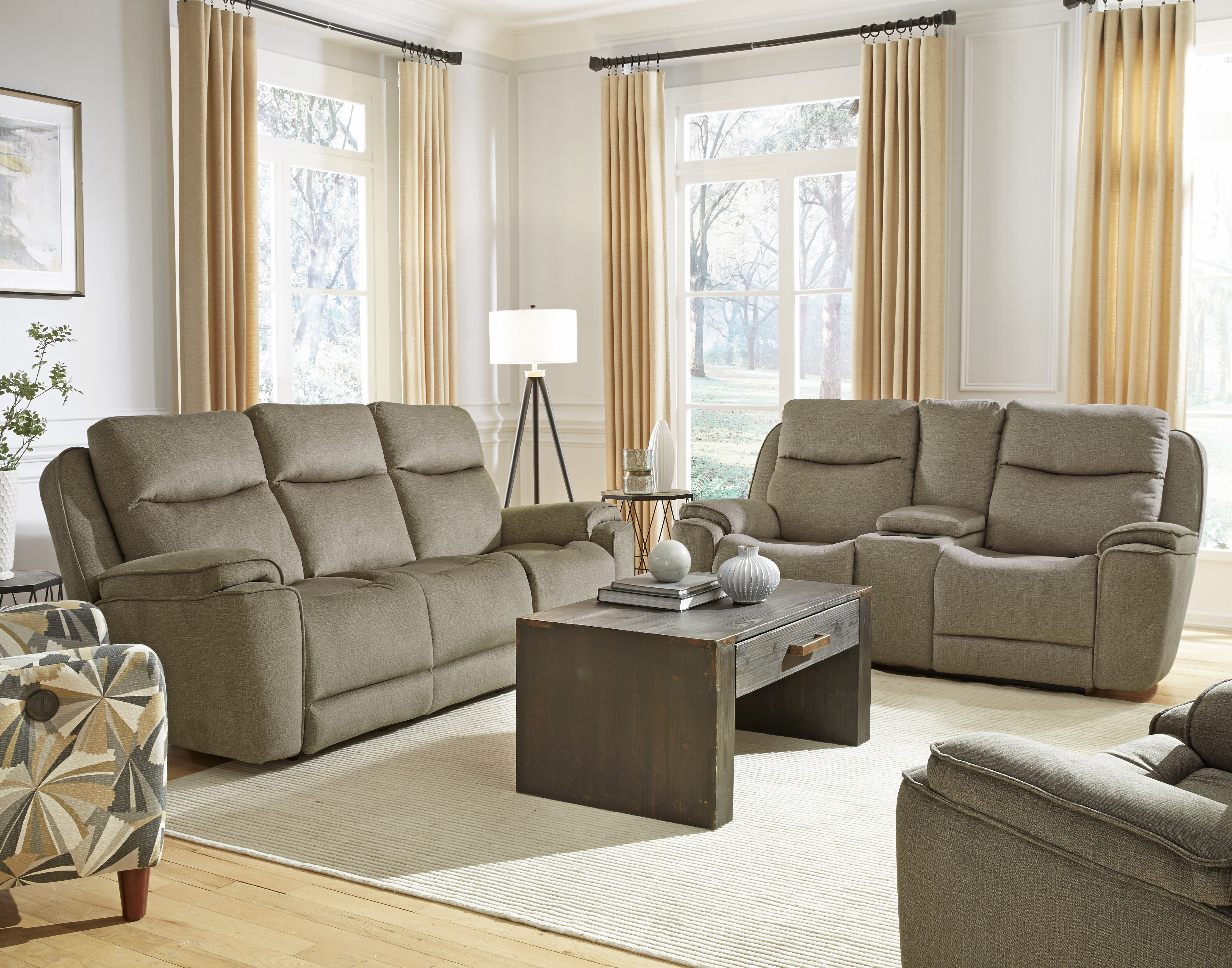 736 Show Stopper Sofa Image